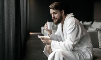 Her er de bedste morgenkåber og badekåber til mænd