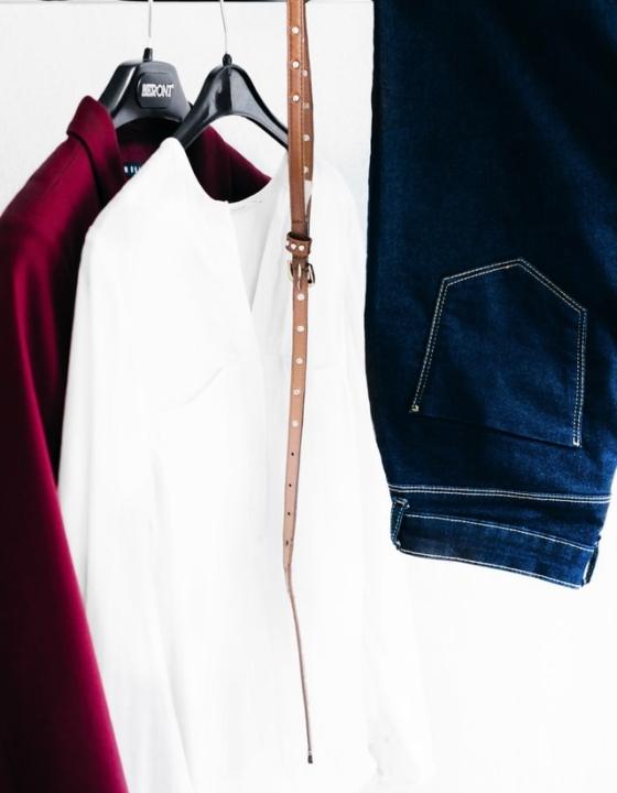 Brug symaskinen til at lave moderigtigt tøj