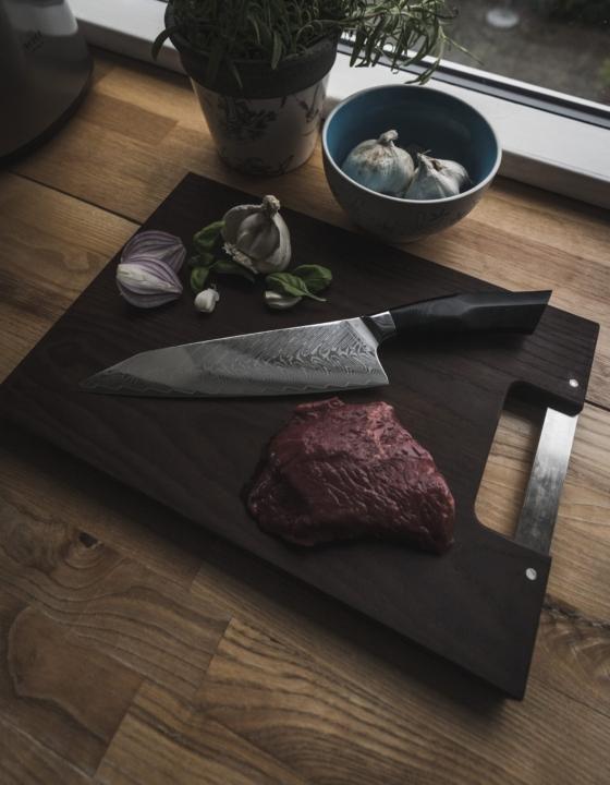 Professionelle japanske kokkeknive i damaskus stål fra Qknives.dk